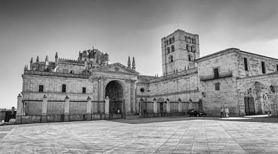 Photograph - Cathedral In Zamora by Pablo Lopez