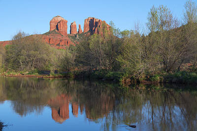 Cathedral Rock Viewed From Red Rock Crossing Art Print by Jim Vallee