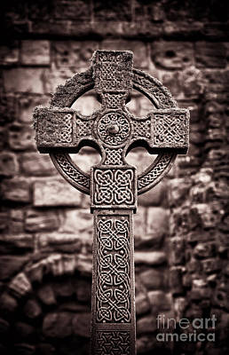 English Church Photograph - Celtic Cross Lindisfarne Priory by Tim Gainey