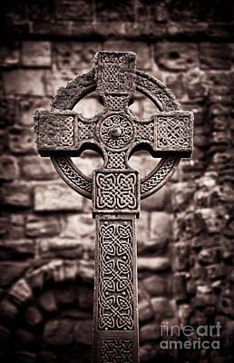 Lindisfarne Photograph - Celtic Cross Lindisfarne Priory by Tim Gainey