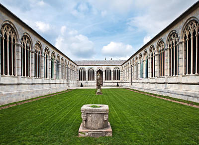 Leaning Building Photograph - Cemetery At Cathedral Square In Pisa Italy by Susan Schmitz