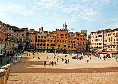 Photograph - Center Of Siena by Elvis Vaughn