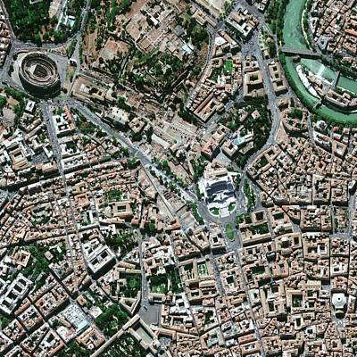 Tiber Island Wall Art - Photograph - Central Rome by Geoeye/science Photo Library