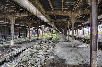 Photograph - Central Terminal 7d08398 by Guy Whiteley