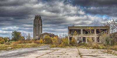 Photograph - Central Terminal Ruins by Guy Whiteley
