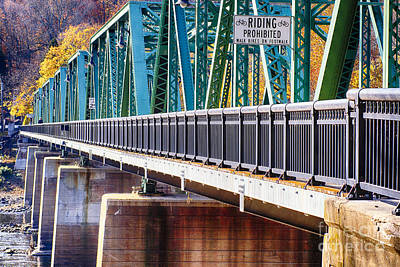 Centre Bridge Stockton Perspective Art Print by George Oze