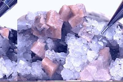 Quartz.rocks Photograph - Chabazite Crystals In Quartz by Science Photo Library