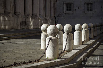 Photograph - Chained Together by Prints of Italy