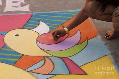 Photograph - Chalk Artist by Juli Scalzi