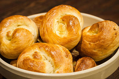 Photograph - Challah Rolls In A Bowl by Andy Crawford