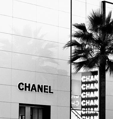 Chanel On Rodeo Drive Print by Ronnie Caplan