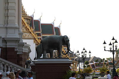Elephant Photograph - Chang Statue - Grand Palace In Bangkok Thailand - 01132 by DC Photographer