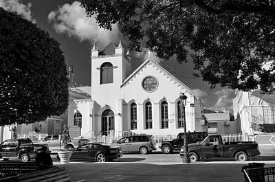 Photograph - Charles W Drees Methodist Church by Ricardo J Ruiz de Porras
