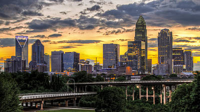 Charlotte Skyline Photograph - Charlotte Dusk by Chris Austin