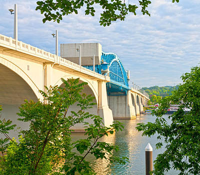 Photograph - Chattanooga Market Street Bridge by Melinda Fawver