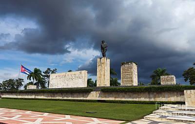 Colored Pencils - Che Guevara Monument Plaza de la Revolution Santa Clara Cuba by Frank Bach