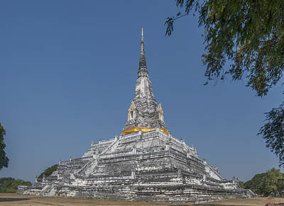 Photograph - Chedi Phukhao Thong Dtha0064 by Gerry Gantt