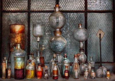 Photograph - Chemist - The Apparatus by Mike Savad