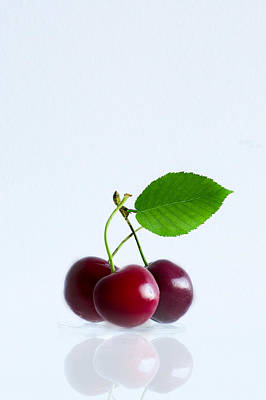 Photograph - Cherries by Elvira Pinkhas