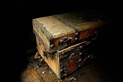 Photograph - Chest by Patrick Boening