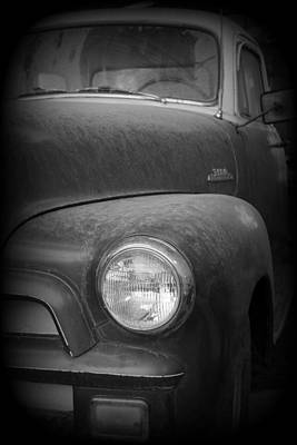 Photograph - Chevy 3100 5 Window by Ernie Echols