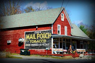 Mail Pouch Barn Photograph - Chew Mail Pouch Tobacco Ad by Paul Ward