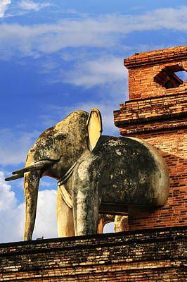 Print featuring the photograph Chiang Mai Elephant by Rob Tullis