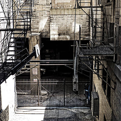 Photograph - Chicago Alley by Frank Winters