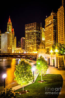 Riverwalk Photograph - Chicago At Night Picture by Paul Velgos