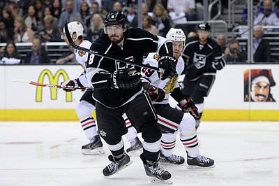 Los Angeles Kings Photograph - Chicago Blackhawks V Los Angeles Kings by Harry How
