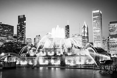 Illuminated Photograph - Chicago Buckingham Fountain Black And White Picture by Paul Velgos