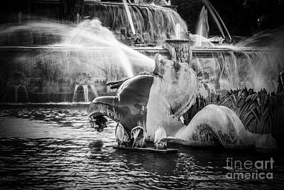 Chicago Buckingham Fountain Seahorse In Black And White Art Print by Paul Velgos