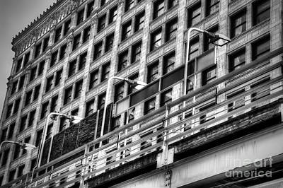 Chicago Photograph - Chicago Building In Black And White by Twenty Two North Photography