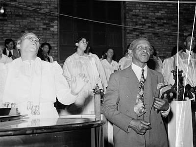 Pentecost Photograph - Chicago Church, 1941 by Granger