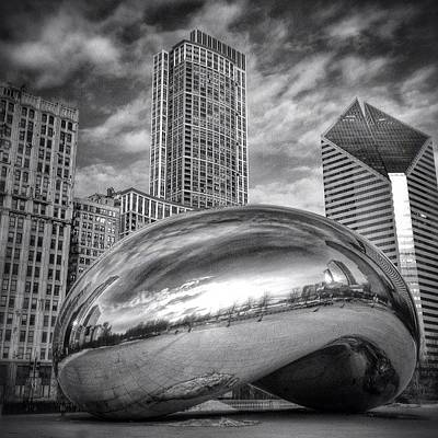 White Photograph - Chicago Bean Cloud Gate Hdr Picture by Paul Velgos