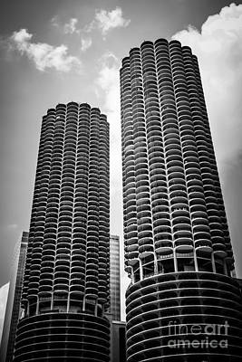 Round Building Photograph - Chicago Marina City Towers In Black And White by Paul Velgos