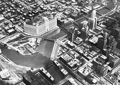 Merchandise Photograph - Chicago Merchandise Mart by Underwood Archives