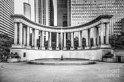 Greek Photograph - Chicago Millennium Monument In Black And White by Paul Velgos