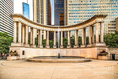 Millennium Park Photograph - Chicago Millennium Monument In Wrigley Square by Paul Velgos