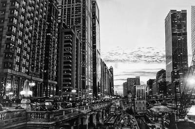Wrigley Field Mixed Media - Chicago River Hdr Bw by Thomas Woolworth