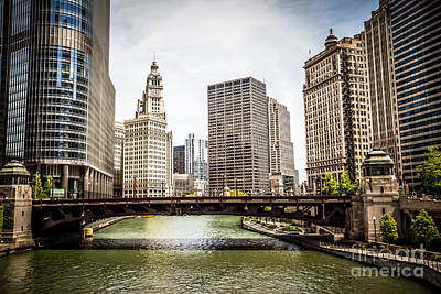 Avenue Photograph - Chicago River Skyline At Wabash Avenue Bridge by Paul Velgos