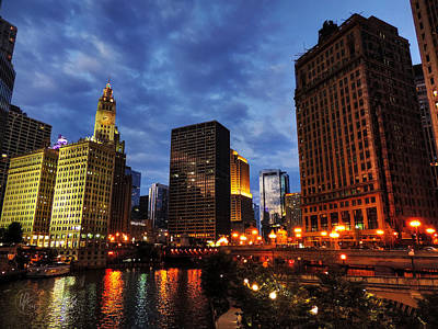 Photograph - Chicago River Twilight 002 by Lance Vaughn