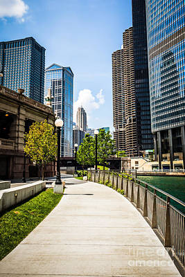Chicago Riverwalk Picture Art Print by Paul Velgos