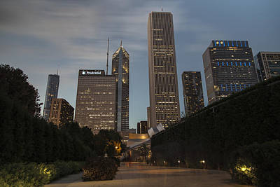 Photograph - Chicago Skyline And Walkway by John McGraw