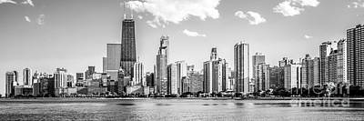 Chicago Skyline Panoramic Picture Of Gold Coast Art Print by Paul Velgos