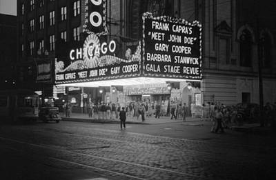 Vachon Photograph - Chicago Theatre, 1941 by Granger