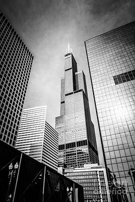 Chicago Willis-sears Tower In Black And White Art Print by Paul Velgos