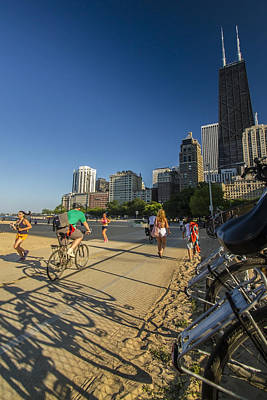 Chicago's Lakefront Bike Path On A Summer Evening Art Print by Sven Brogren