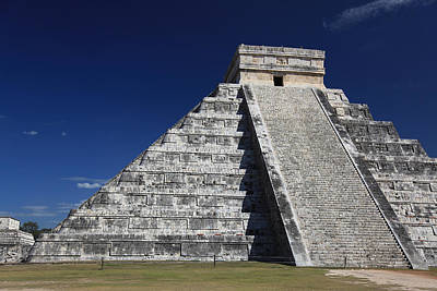 Chichen Itza Mayan Ruins Yucatan Peninsula Mexico Art Print by Wayne Moran