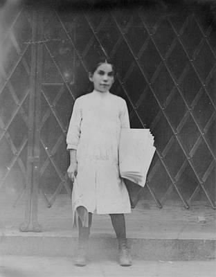 Child Labor, Newsgirl On The Bowery Art Print by Everett